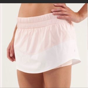 Lululemon Breeze by skirt/skirts. Size 6.